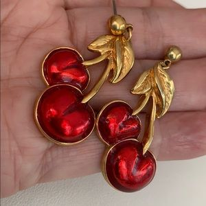 Avon Vintage Earrings